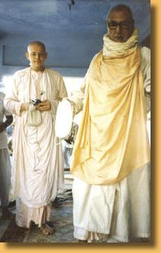 B.A. Paramadvaiti Swami y Srila Sridhara Maharaja